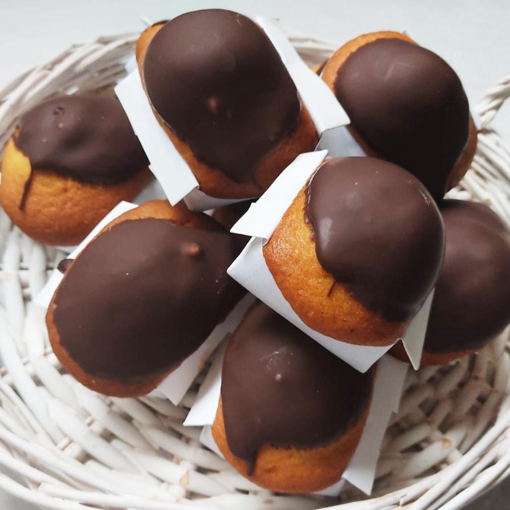 Magdalenas artesanas de chocolate marca Leonor